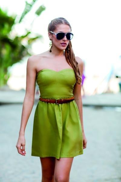Maquillarse para un Vestido Verde