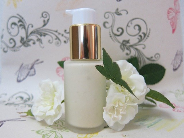 Cómo hacer cremas naturales y efectivas