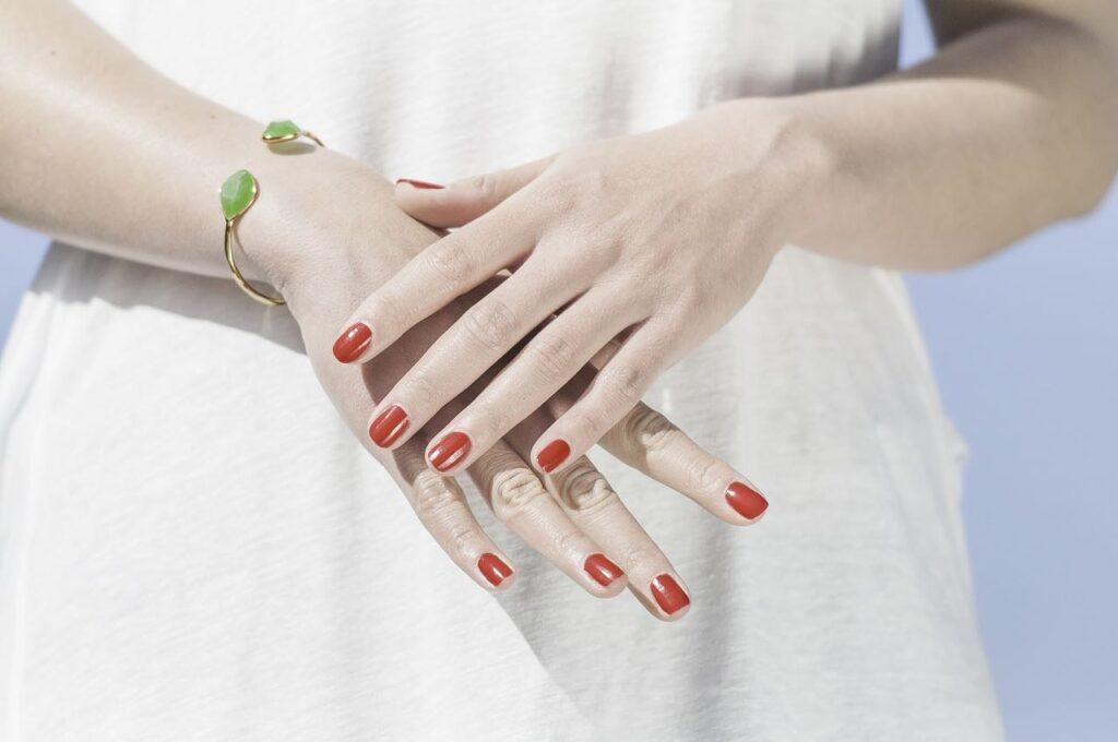 crecer las uñas